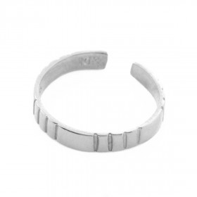 Classic Stripe Toe Ring in 9ct White Gold