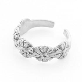 Flower Toe Ring in 9ct White Gold