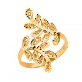 Precision Cut Curved Laurel Wreath Filigree Ring in 9ct Gold