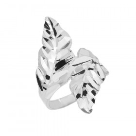 Precision Cut Double Laurel Wreath Filigree Ring in 9ct White Gold