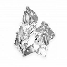 Precision Cut Laurel Wreath Leaf Filigree Ring in 9ct White Gold