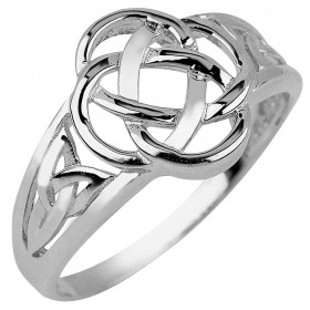 Trinity Ring in 9ct White Gold