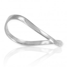 Wavy Thumb Ring in 9ct White Gold